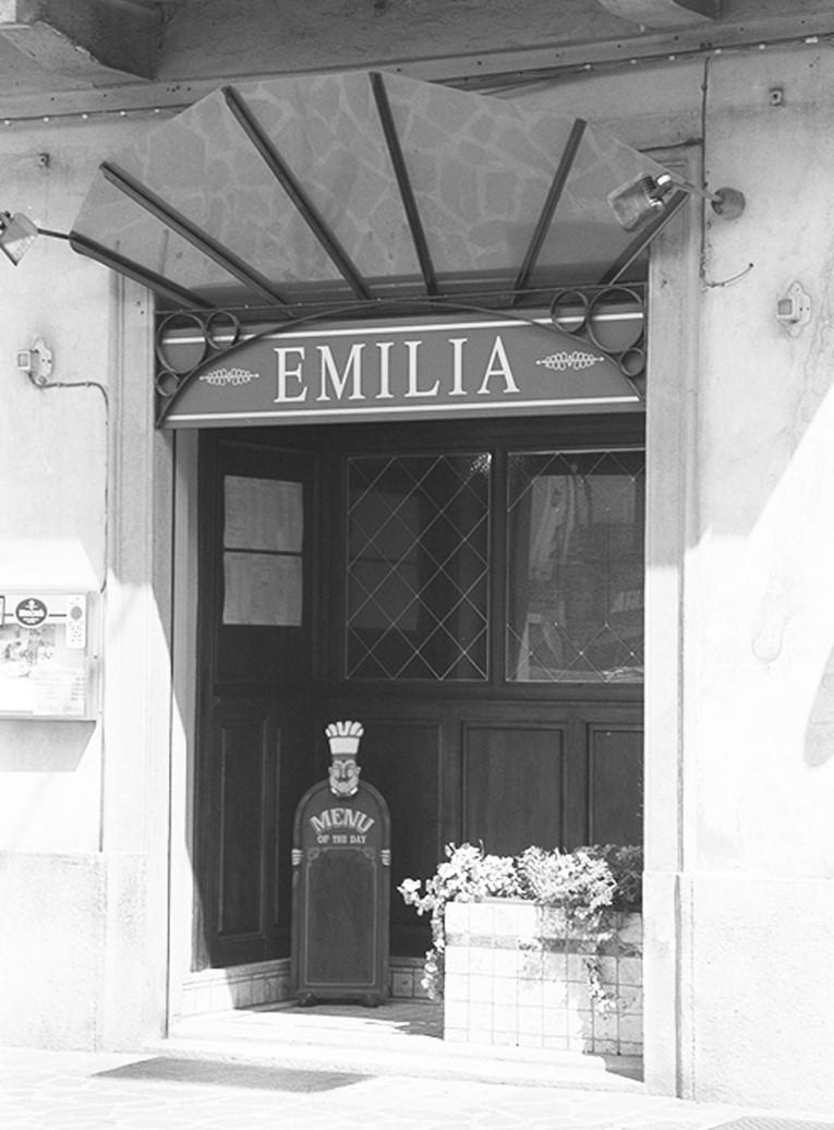 EMILIA 01 BN